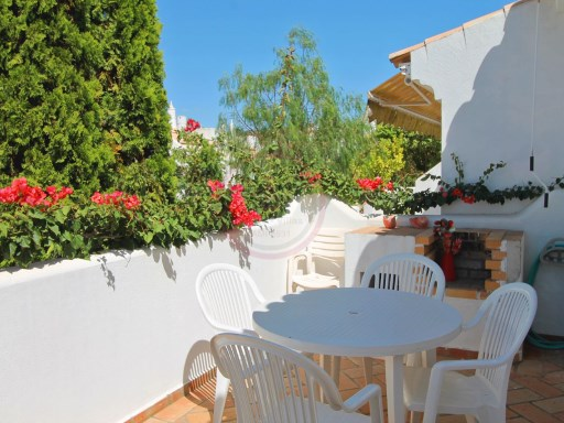 Townhouse with 1+1 bedrooms in Vilamoura, 2km from Marina | 1 Bedroom + 1 Interior Bedroom | 1WC