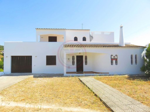 Villa with 6 bedrooms, plot and sea view in Loulé | 6 Bedrooms | 3WC