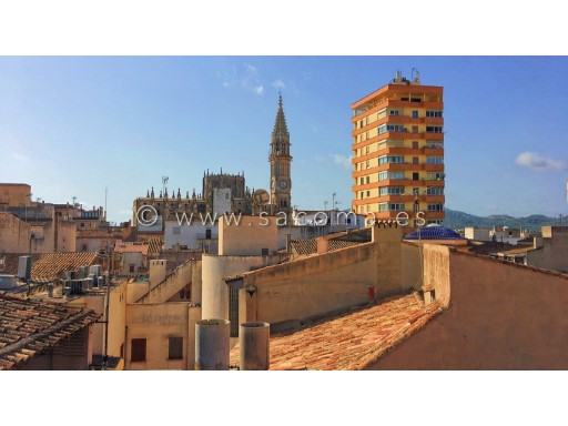 Mallorca, Manacor, Central House on 2 floors, to renew | 4 Bedrooms