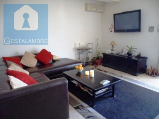 Modern and well-furnished apartment in S. B. Messines | 3 Bedrooms | 2WC