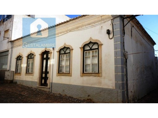 Typical Algarvian villa located in the Centre of Guia - Albufeira | 6 Bedrooms | 1WC