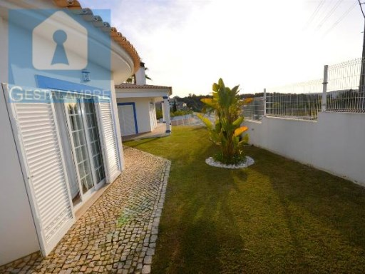 Magnificent 4 bedrooms detached house in Albufeira | 4 Bedrooms | 3WC