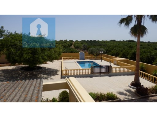 Detached house with swimming pool and barbecue in Algoz | 4 Bedrooms | 2WC