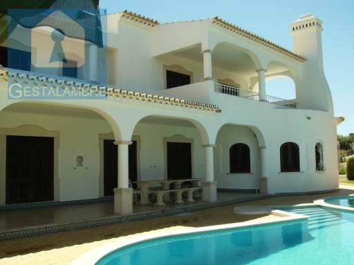 Isolated T6 villa with private swimming pool and tennis court, Albufeira | 6 Bedrooms