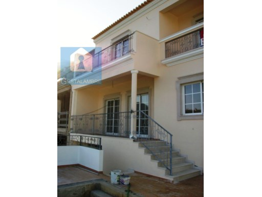 Excellent townhouse 4 bedrooms with swimming pool and garden, Albufeira | 4 Bedrooms | 6WC