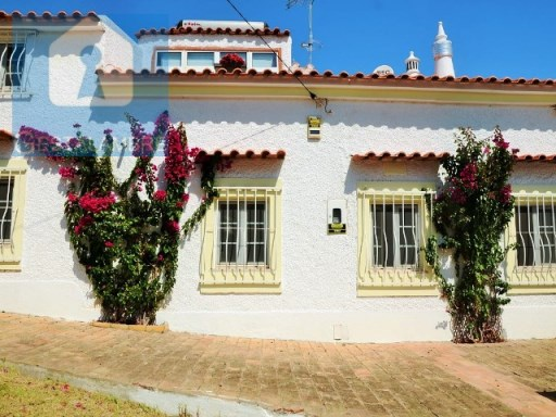 Fantastic 5 bedrooms villa with pool and garden in Paderne, Albufeira | 5 Bedrooms | 3WC