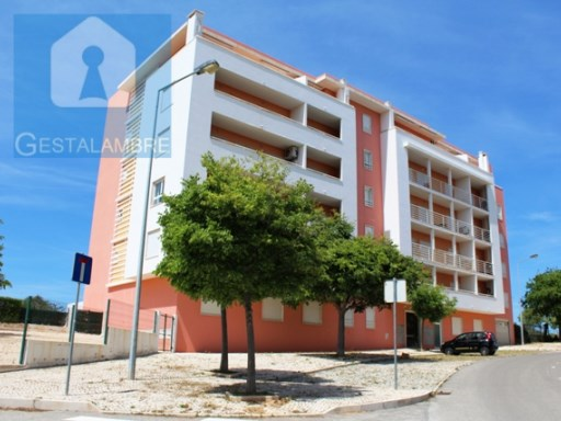 1 bedroom apartment in condominium with pool and covered parking in Armação de Pera | 1 Bedroom | 1WC