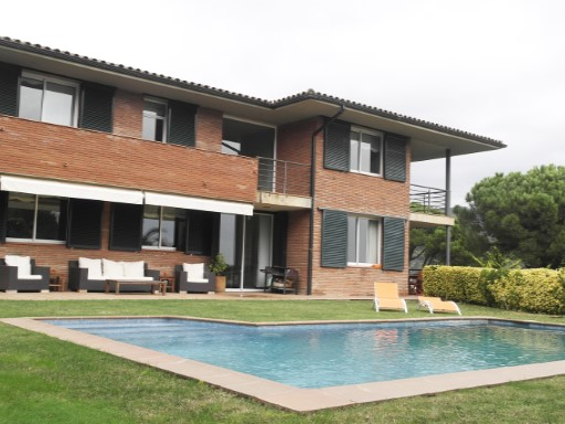 Villa with sea views | 5 Bedrooms | 3WC