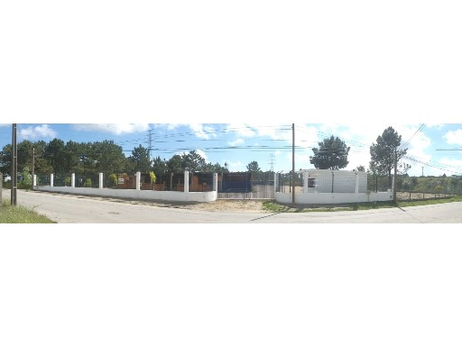 Land and warehouse for sale in Casal do Marco, Seixal, Setúbal |