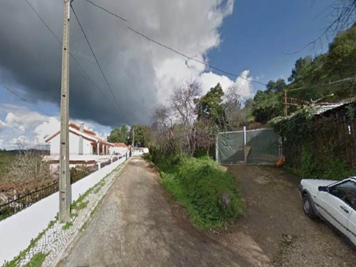 Land for sale in Odivelas |