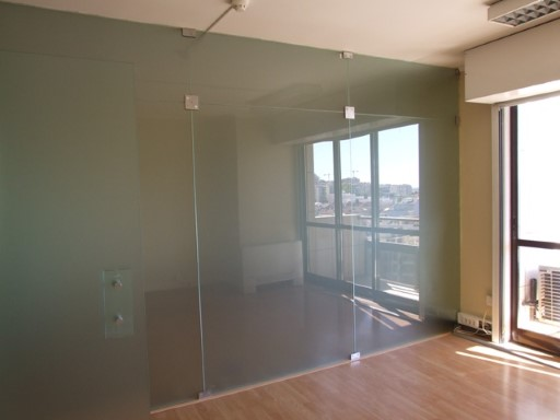 Office for rent in Miraflores/Oeiras |