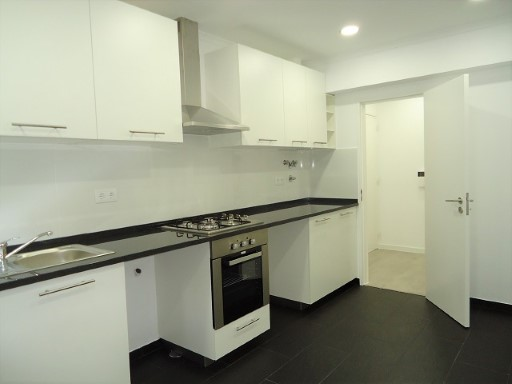 Apartment › Oeiras | 4 Bedrooms | 2WC
