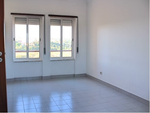 Sale or rental Apartment houses Welling, Porto Salvo | 1 Bedroom | 1WC