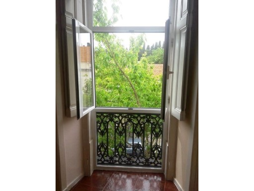 Apartment houses for sale in Lisbon, Star | 2 Bedrooms | 1WC