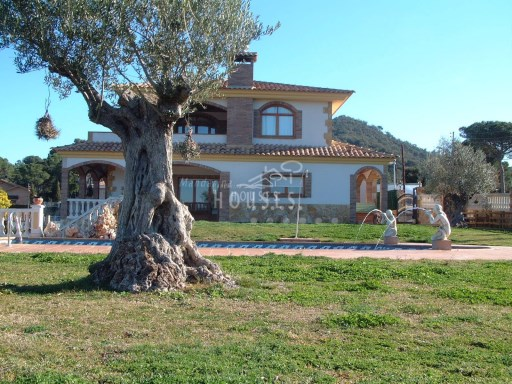 Luxury House in sale, Maresme | 5 Bedrooms | 4WC