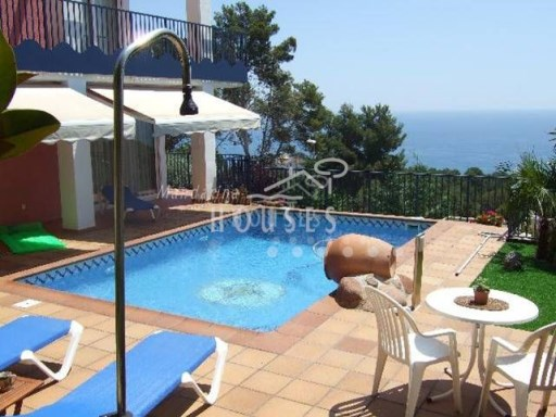 Villa overlooking the sea between Blanes and Lloret de Mar | 3 Bedrooms | 2WC