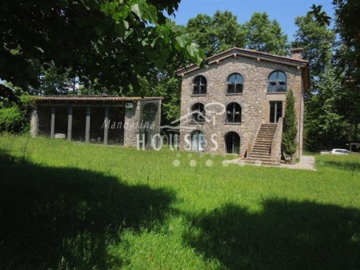 Country Home › Olot | 4 Bedrooms