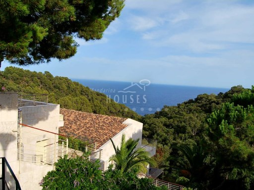 1137 new luxury villa. Magnificent views to the sea. Between Lloret de mar and Tossa | 5 Bedrooms | 5WC