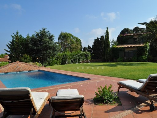 Villa with pool and views to the sea in Blanes | 6 Bedrooms | 5WC