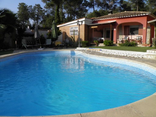 House apartment, garden and swimming pool. Close to the sea. REF.12188 | 4 Bedrooms | 3WC