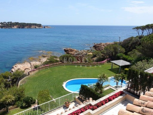 Apartment for sale at 1a luxury duplex sea, Sa Roca, S Agaró ref.1512 | 5 Bedrooms | 5WC