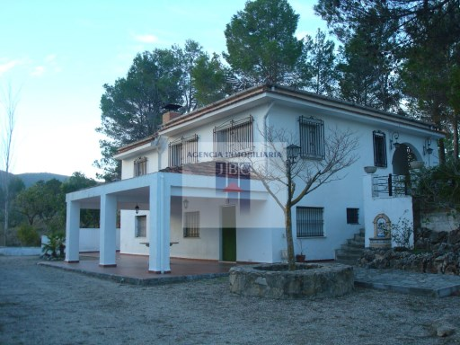 Country house › Penàguila | 6 Bedrooms