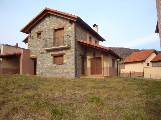 Single Family Home › Laspaúles | 4 Bedrooms