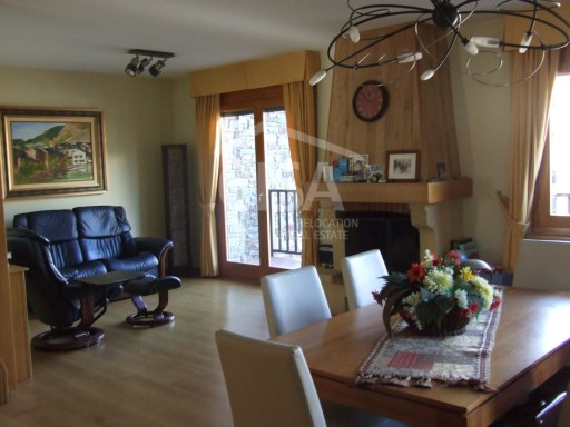 Lovely terraced house with pool and views in Ordino | 4 Bedrooms | 4WC