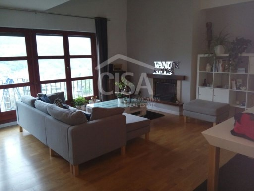 Large duplex in quiet area close to the Andorran private school | 3 Bedrooms | 2WC