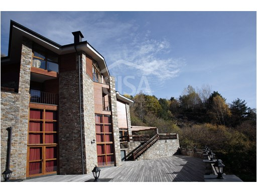 Luxury home with 4 bedrooms and 2 bathrooms in Erts, La Massana | 4 Bedrooms | 2WC
