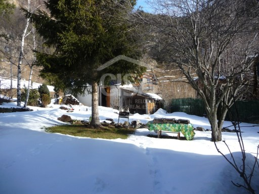 Detached house with large garden in La Massana parish | 4 Bedrooms | 2WC