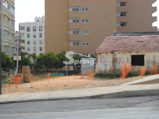Commercial Land › Portimão |