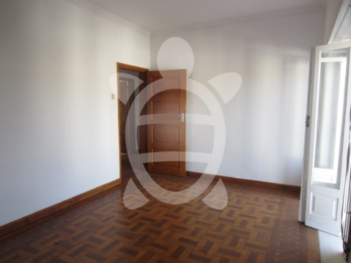 Apartment › Coimbra | 5 Bedrooms | 2WC