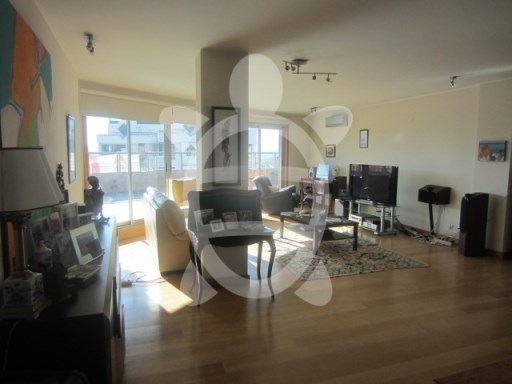 T5 apartment to Solum | 5 Bedrooms | 3WC