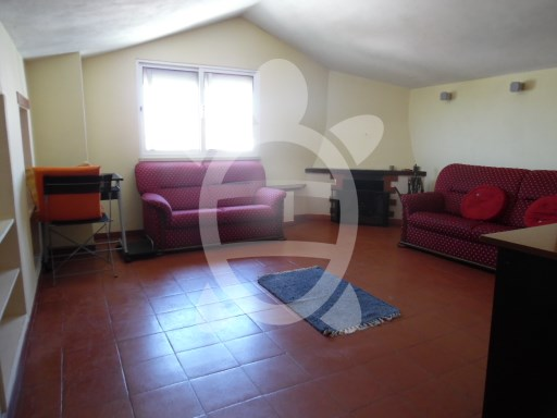 Apartment › Coimbra | 3 Bedrooms | 1WC
