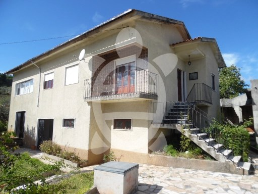House › Coimbra | 4 Bedrooms | 1WC