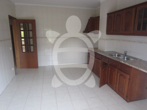 Apartment › Miranda do Corvo | 2 Bedrooms + 1 Interior Bedroom | 1WC