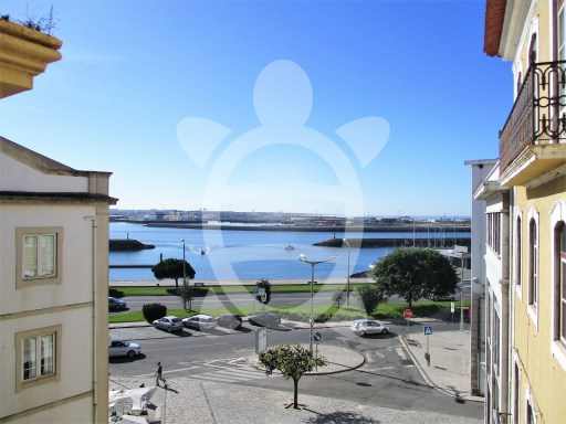 House › Figueira da Foz | 10 Bedrooms | 9WC
