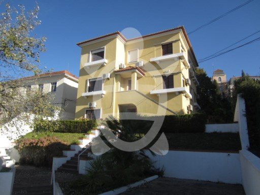House › Coimbra | 9 Bedrooms | 2WC