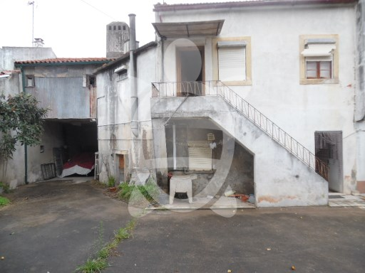 House › Coimbra | 3 Bedrooms | 1WC