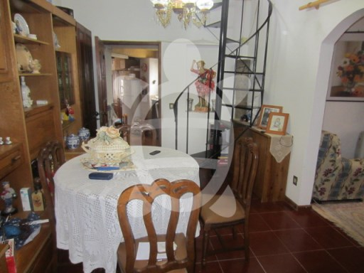 House › Coimbra | 2 Bedrooms + 1 Interior Bedroom | 1WC