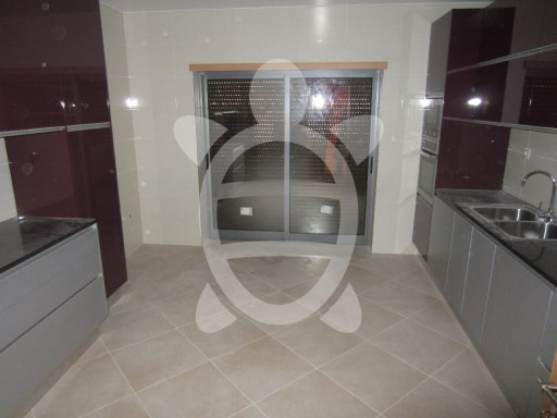 House › Coimbra | 6 Bedrooms | 4WC
