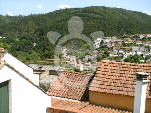 House › Coimbra | 1 Bedroom + 1 Interior Bedroom | 1WC