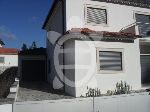 House › Cantanhede | 3 Bedrooms + 1 Interior Bedroom | 2WC