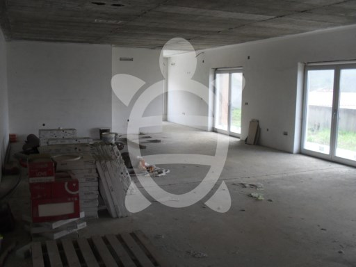 House › Coimbra | 5 Bedrooms | 3WC