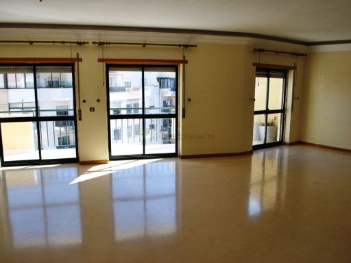 Apartment › Sintra | 4 Bedrooms | 4WC