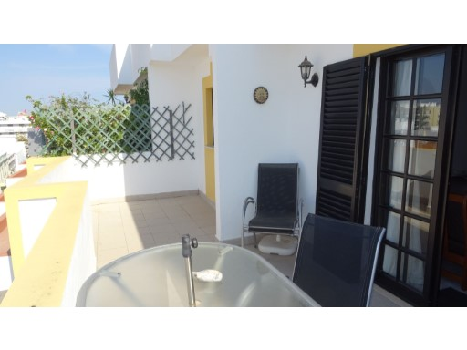 Lovely Top Floor 2 Bed Flat with nice Terrace and Barbecue | 2 Bedrooms | 1WC