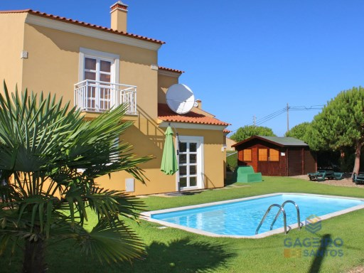 Detached house with private pool, São Martinho do Porto, Costa de Prata | 4 Bedrooms | 2WC