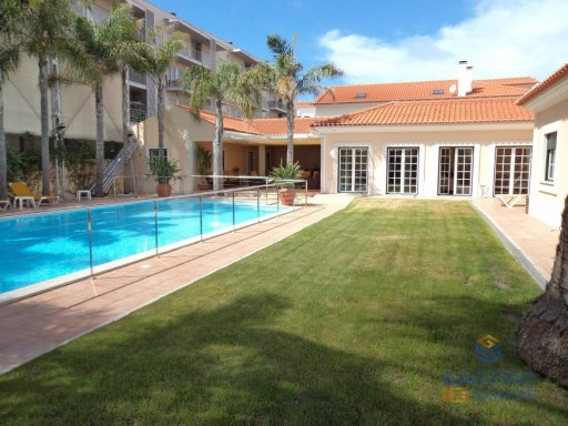 Magnificent 5 bedroom Villa, located in São Martinho do Porto - Solver Coast | 5 Bedrooms | 3WC