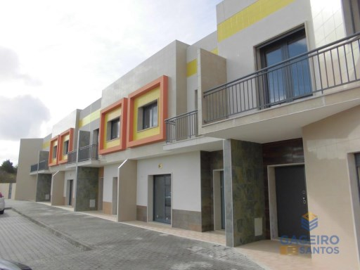 Townhouse T4 in Valado de Santa Quitéria - Silver Coast | 4 Bedrooms